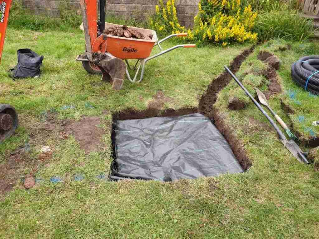 Drainage cubes installed and covered with membrane