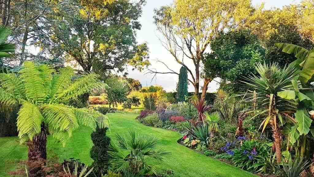 Landscape garden cover photo